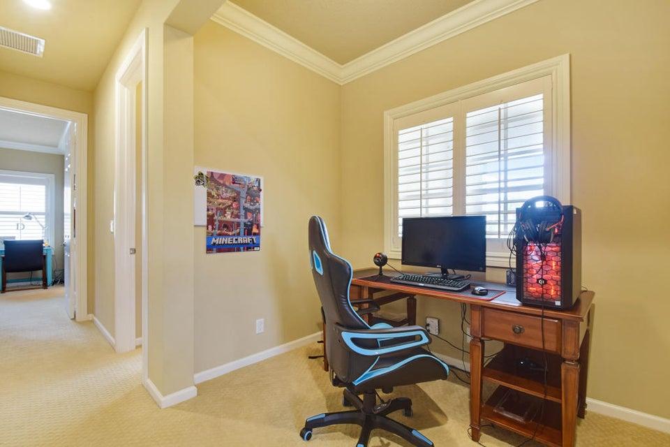 Office/Desk Area