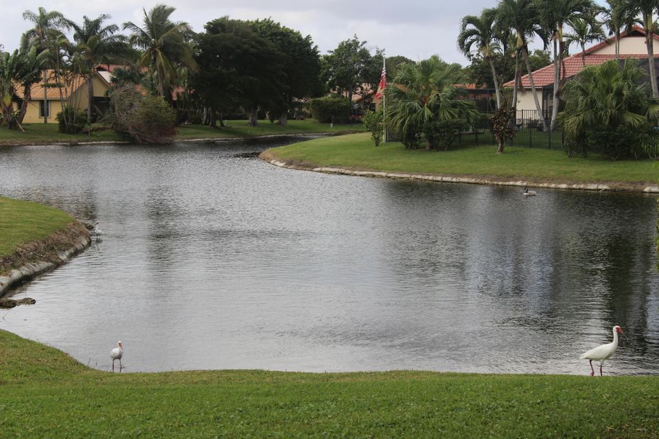 10282 Riverbend Terrace Boca Raton, FL 33498