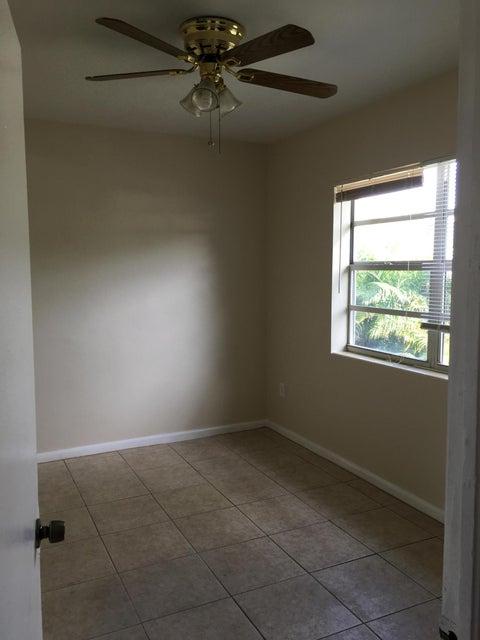 137 Hawthorne Drive- West Palm Beach- Florida 33403, ,Duplex,For Sale,Hawthorne,RX-10409006
