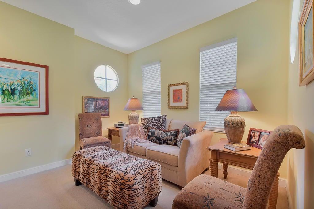 Upstairs Loft / Sitting Area