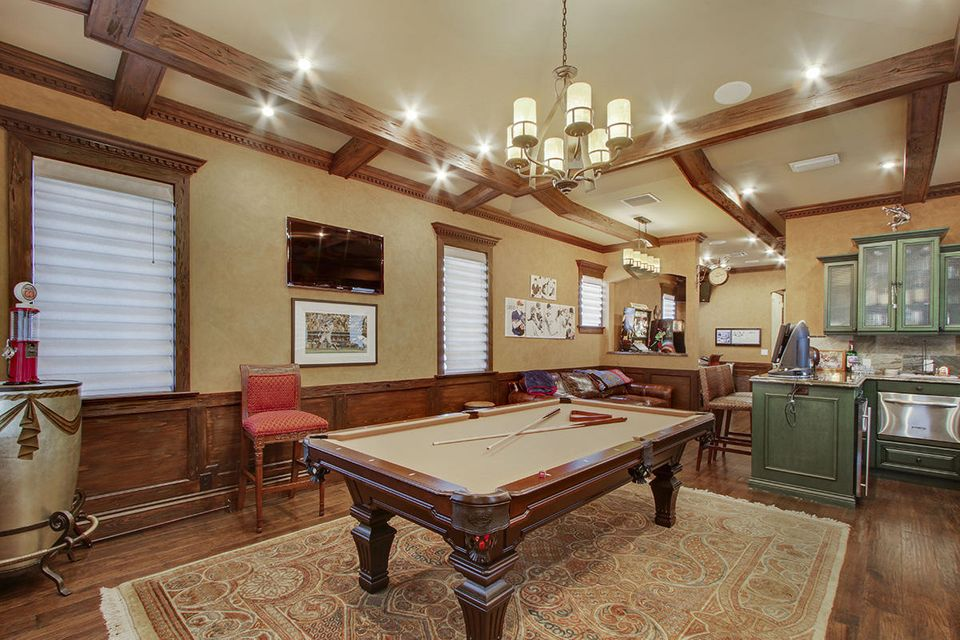 VIP Suite/Game Room
