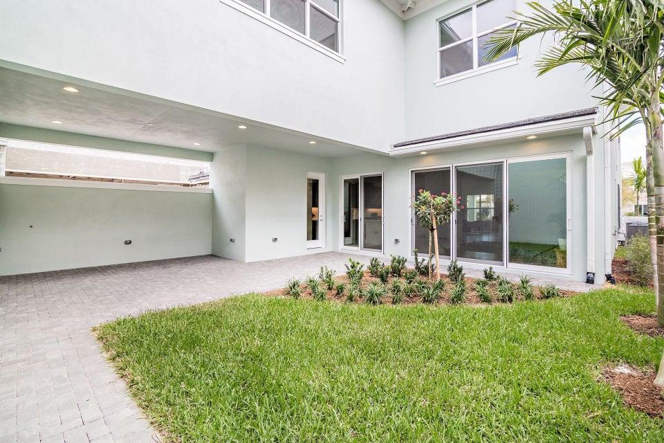 2081 Dickens Terrace, Palm Beach Gardens, FL, 33418
