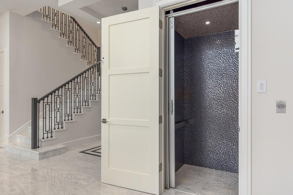 Elevator & Stairway