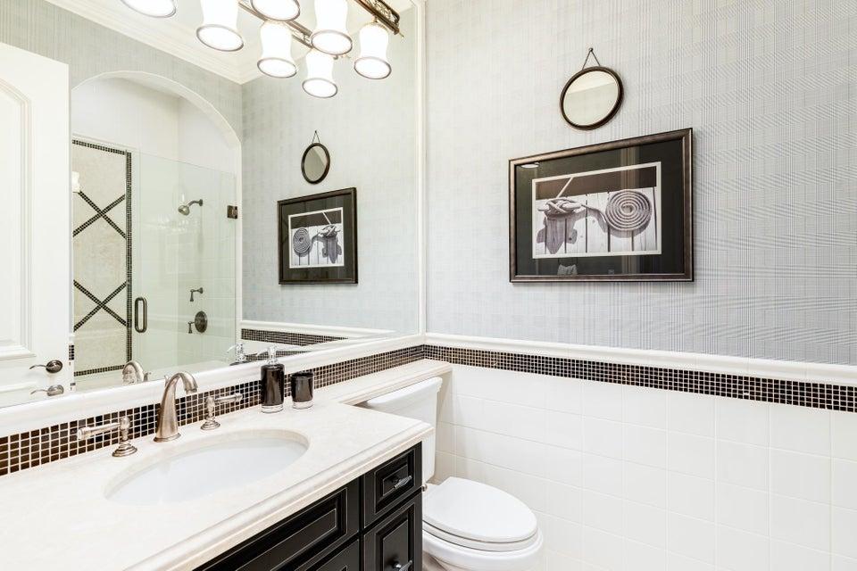 Guest Bathroom 8