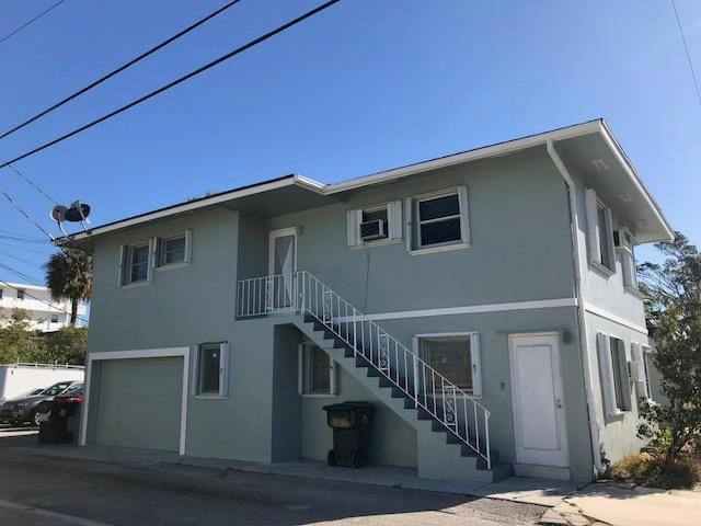 31 Lakeside Drive, Lake Worth, Florida 33460, ,Quadplex,For Sale,Lakeside,RX-10413440