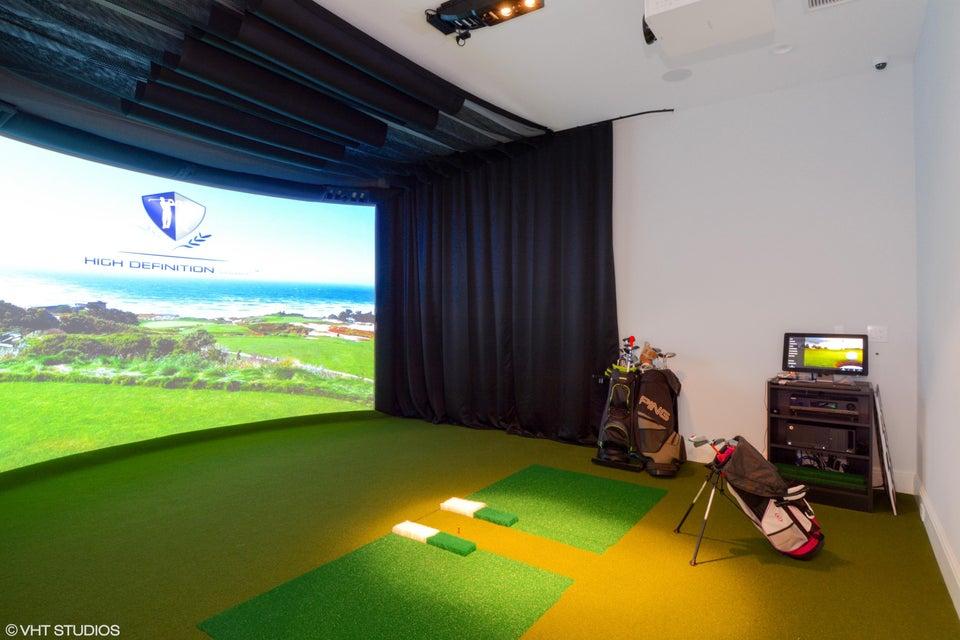 HD Golf Simulator Room