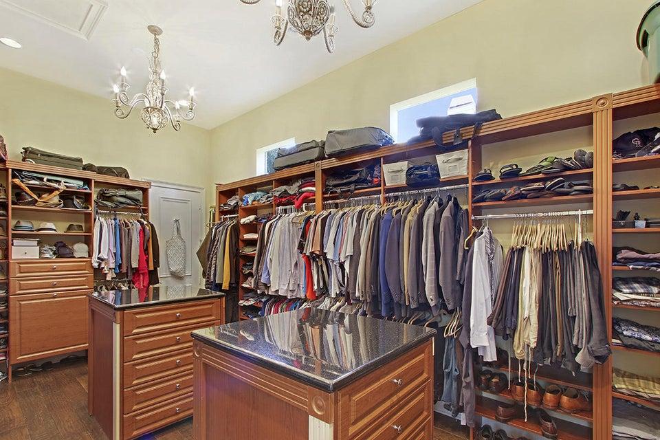 27 Closet