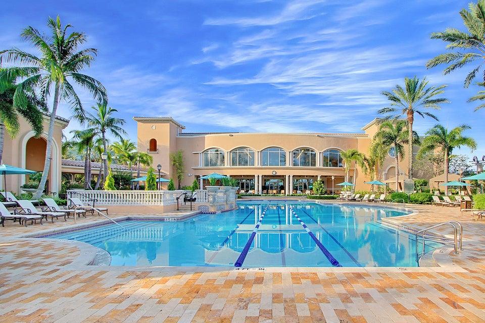 31 Club Pool