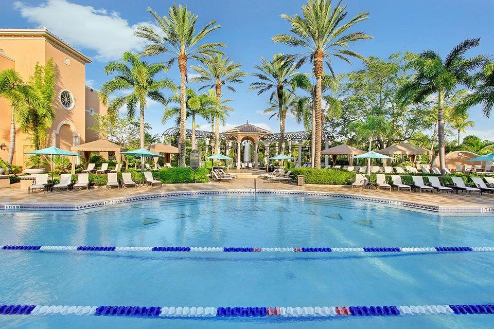 34A Club Pool