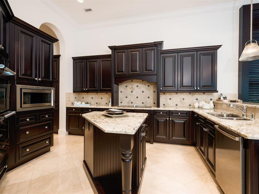 _Beautiful Kitchen