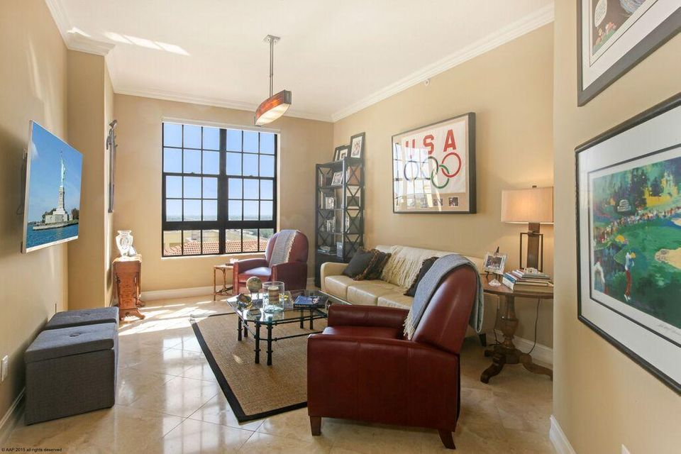 701 Olive Avenue, West Palm Beach, Florida 33401, 2 Bedrooms Bedrooms, ,2.1 BathroomsBathrooms,Condo/Coop,For Sale,Two City Plaza,Olive,1803,RX-10421177