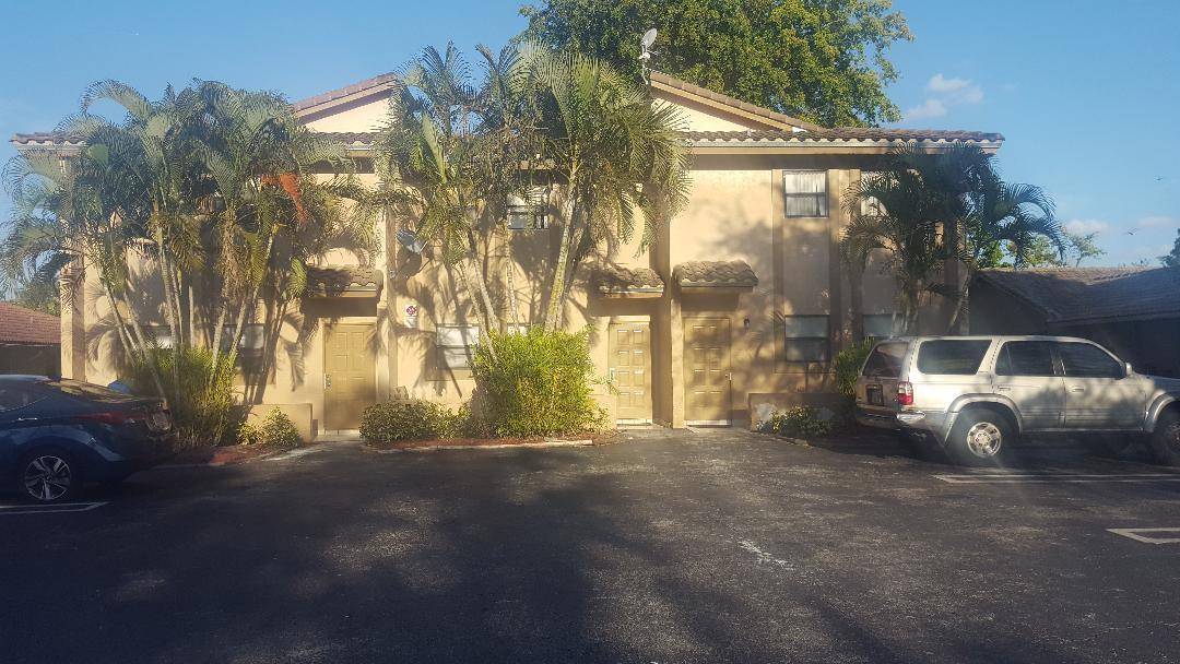 4161 114 Avenue, Coral Springs, Florida 33065, ,Triplex,For Sale,114,RX-10418771