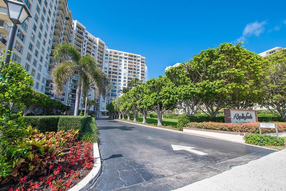 1801 Flagler Drive, West Palm Beach, Florida 33401, 3 Bedrooms Bedrooms, ,2 BathroomsBathrooms,Condo/Coop,For Sale,Flagler,11,RX-10417377