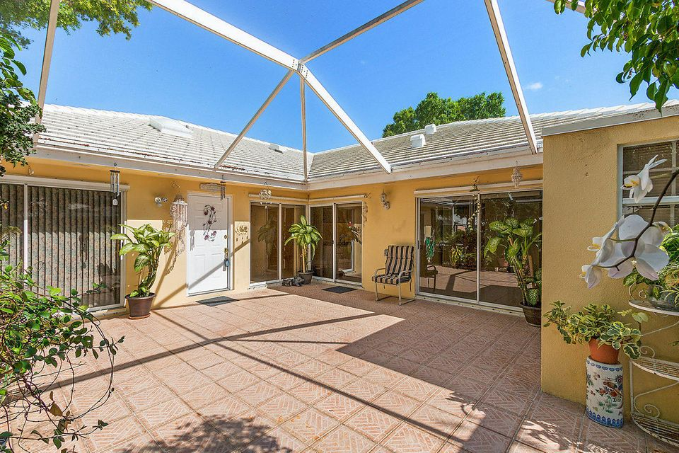 Palm Beach Gardens, Florida 2 Bedroom Villa For Sold By Owner (FSBO ...