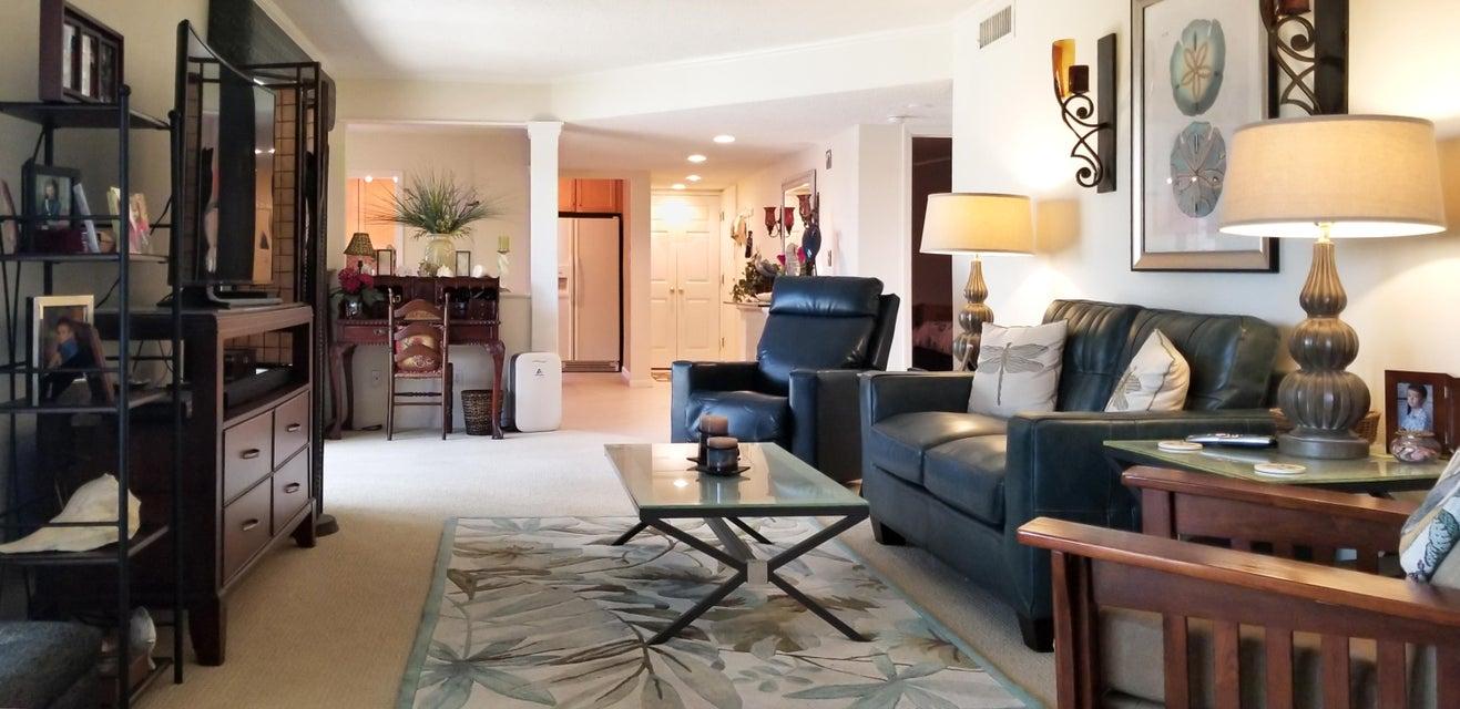 10044 Ocean Drive,Jensen Beach,Florida 34957,2 Bedrooms Bedrooms,2 BathroomsBathrooms,Condo/coop,Ocean,RX-10411068