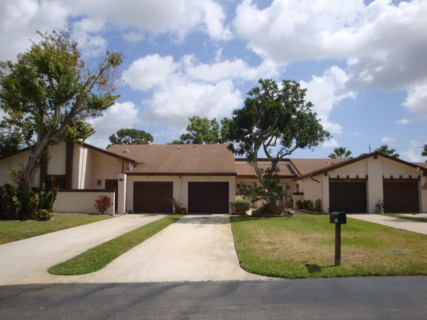 6121 Elsinore Circle,Greenacres,Florida 33463,2 Bedrooms Bedrooms,2 BathroomsBathrooms,Villa,Elsinore,RX-10421206