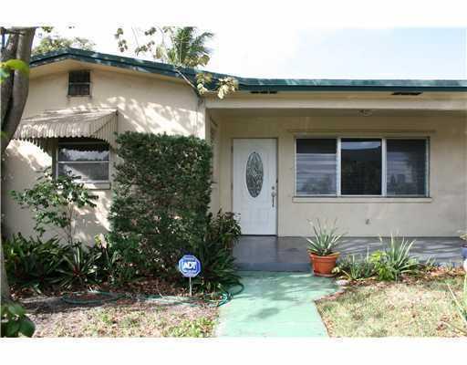 175 Broadway, Lantana, Florida 33462, 3 Bedrooms Bedrooms, ,2 BathroomsBathrooms,Single Family,For Rent,Broadway,1,RX-10421794