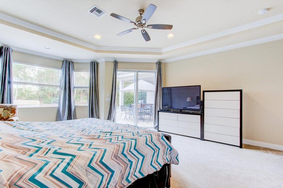 312 Charroux Dr Palm Beach-large-013-20-