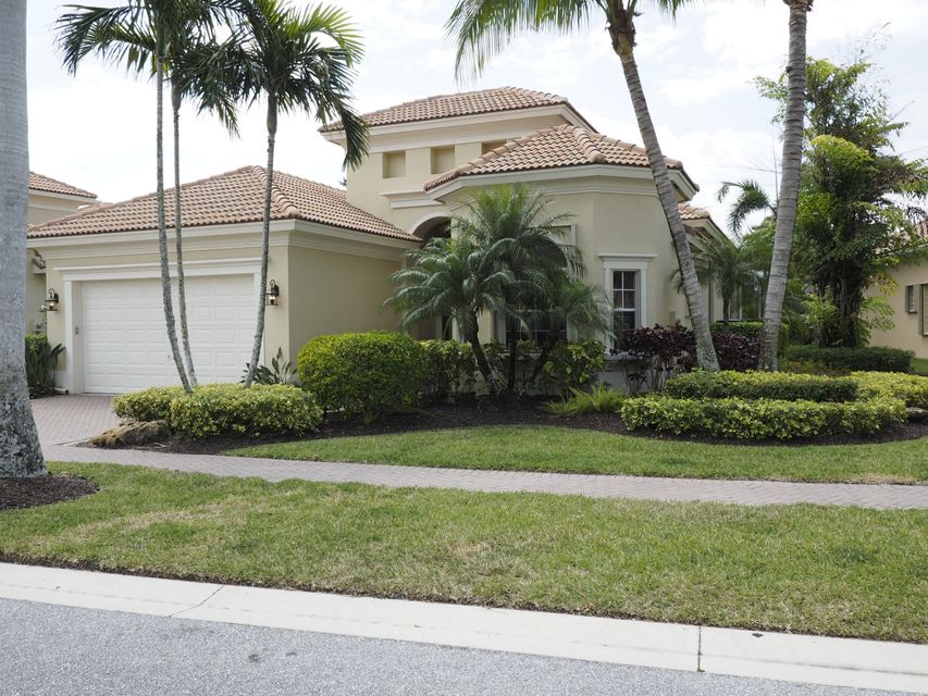 10390 Terra Lago Drive, West Palm Beach, FL 33412