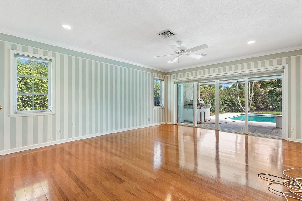 246 Princess Palm Road, Boca Raton, Florida 33432, 3 Bedrooms Bedrooms, ,3.1 BathroomsBathrooms,Single Family,For Sale,ROYAL PALM YACHT & COUNTRY CLUB,Princess Palm,RX-10422780