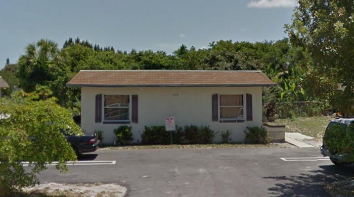 743 Swinton, Delray Beach, Florida 33444, ,Duplex,For Sale,Swinton,RX-10423459