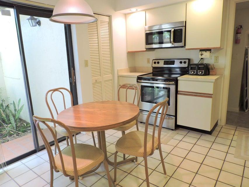 7942 La Mirada Drive Boca Raton, FL 33433