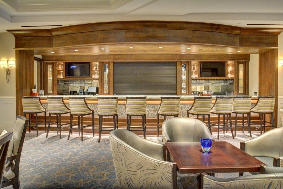 12-Upstairs Lounge