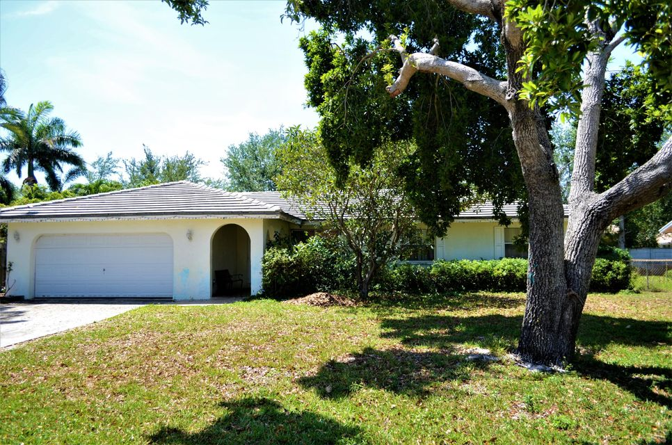 330 Ross Drive Delray Beach, FL 33445