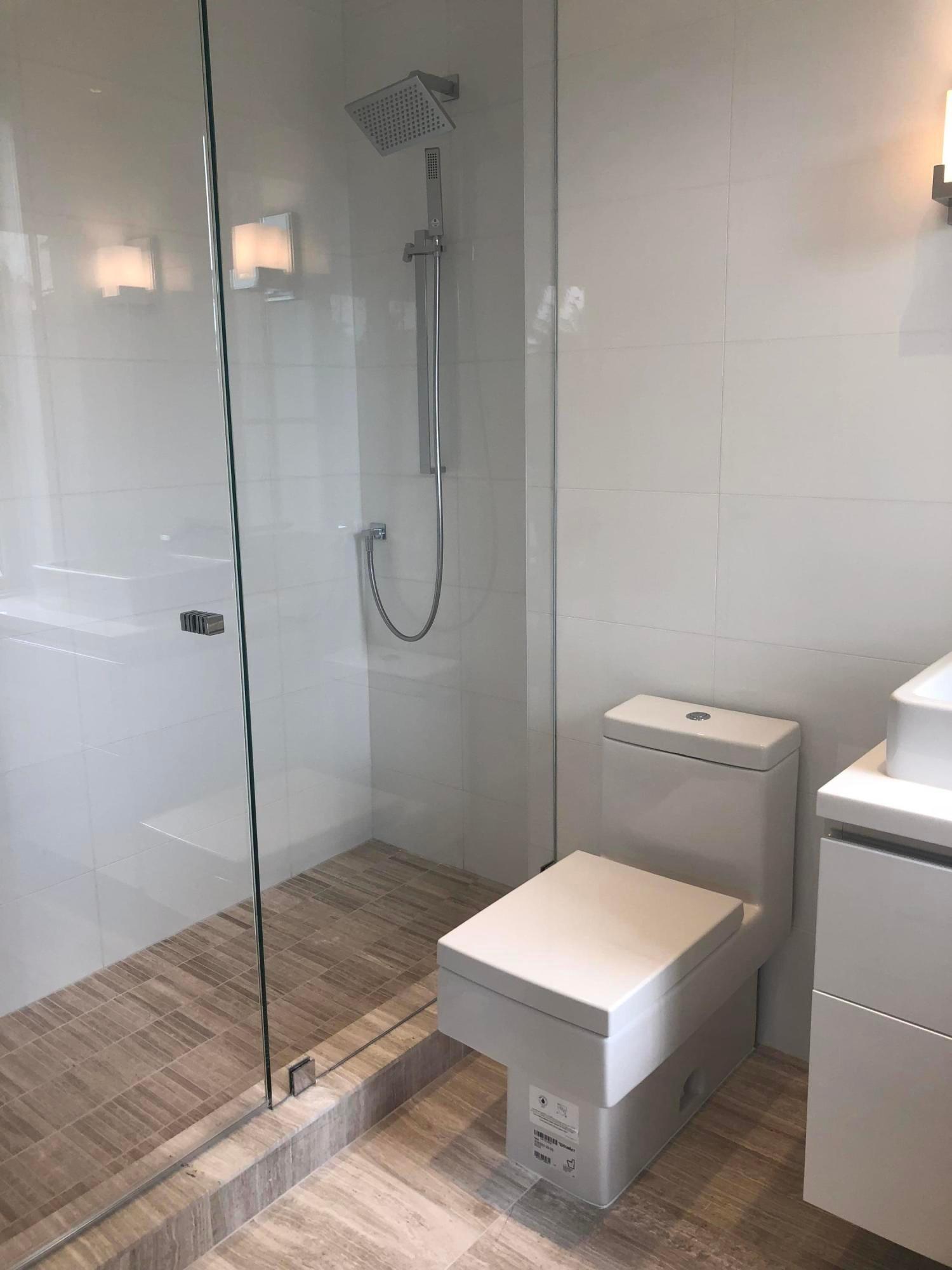 bathroom for guestroom 3