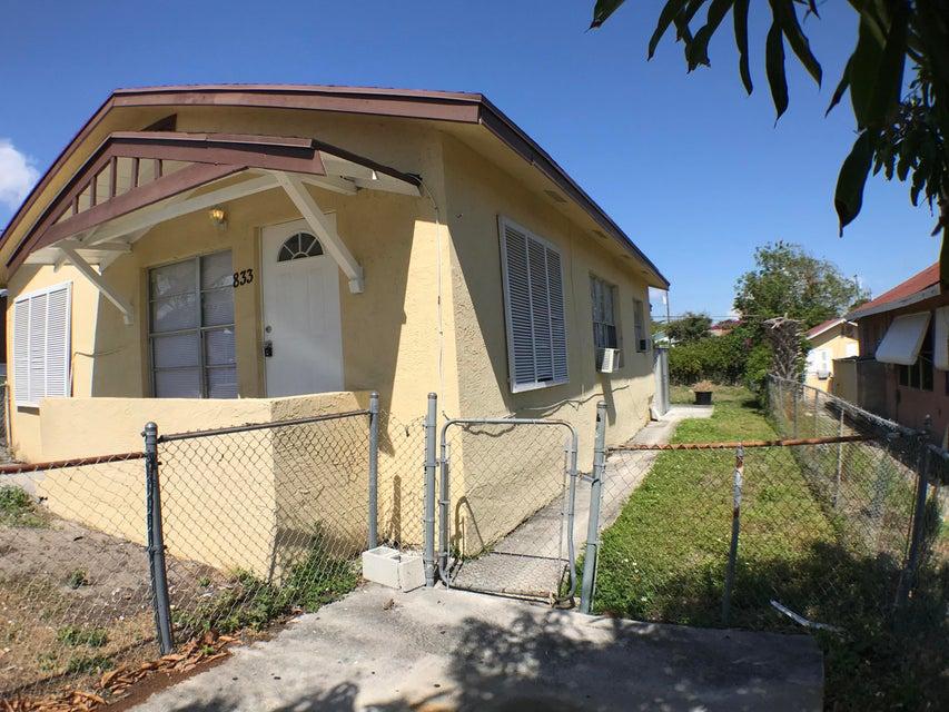833 Briggs Street- West Palm Beach- Florida 33405, ,Duplex,For Sale,Briggs,RX-10426322