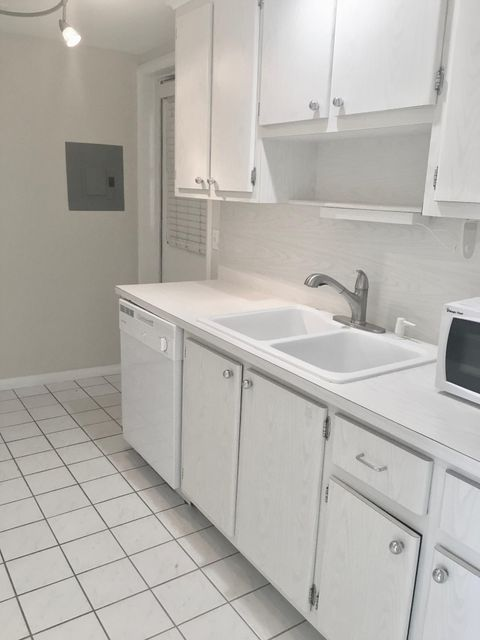 5400 Ocean Drive, Riviera Beach, Florida 33404, 2 Bedrooms Bedrooms, ,2 BathroomsBathrooms,Condo/Coop,For Sale,Seadunes,Ocean,5,RX-10412276