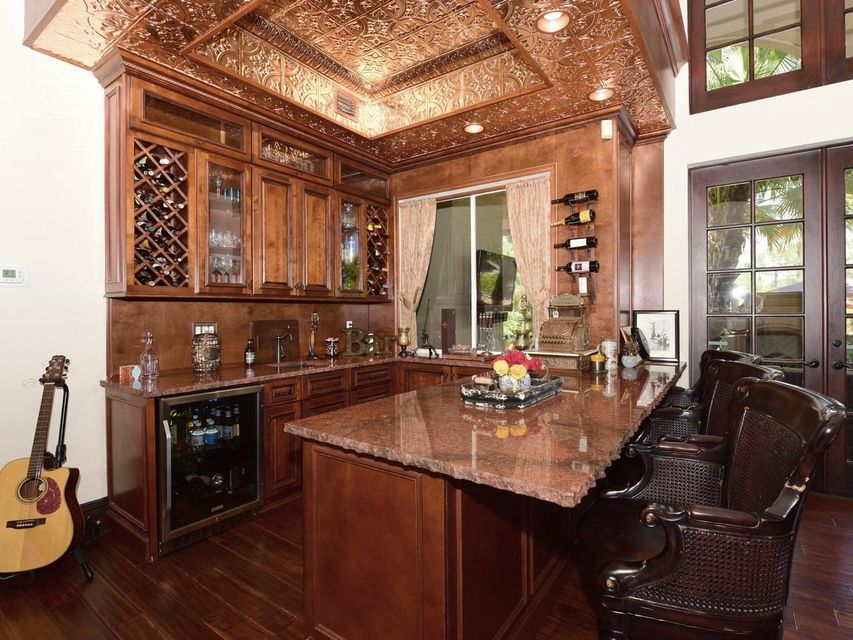 Close up wet bar