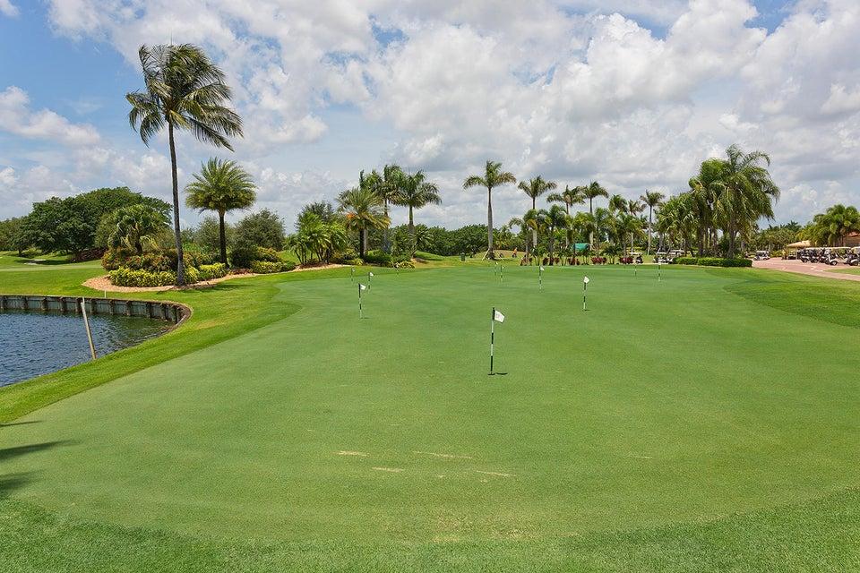 4725 Carlton Golf Drive, Wellington, Florida 33449, 3 Bedrooms Bedrooms, ,2 BathroomsBathrooms,Villa,For Sale,Wycliffe Golf and Country Club,Carlton Golf,RX-10427146