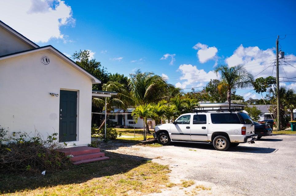 1031 E Street, Lake Worth, Florida 33460, ,Quadplex,For Sale,E,RX-10427315