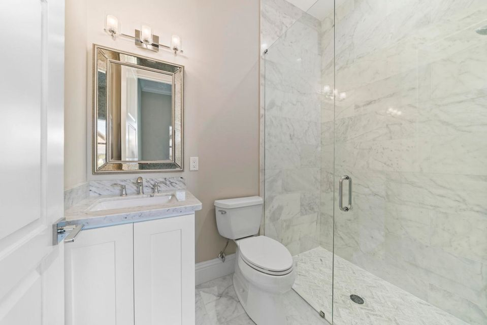 Bath 2 - Marble
