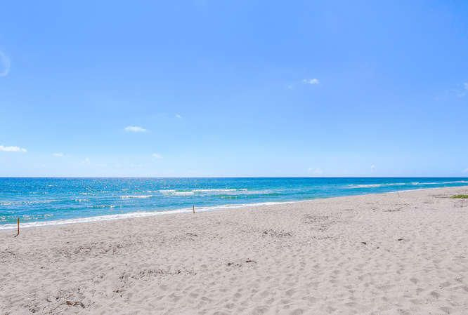 Ocean Dr Juno Beach FL-small-017-19-