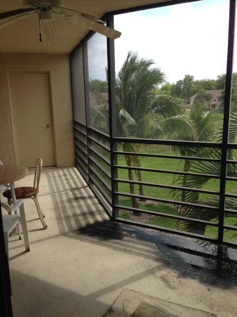 5851 Camino Del Sol #304 Boca Raton, FL 33433