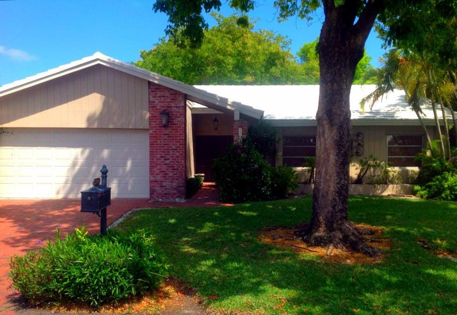 22080  Brentwood Circle Boca Raton, FL 33433