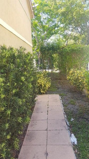 11571 35th Street- Coral Springs- Florida 33065, ,Triplex,For Sale,35th,RX-10429261