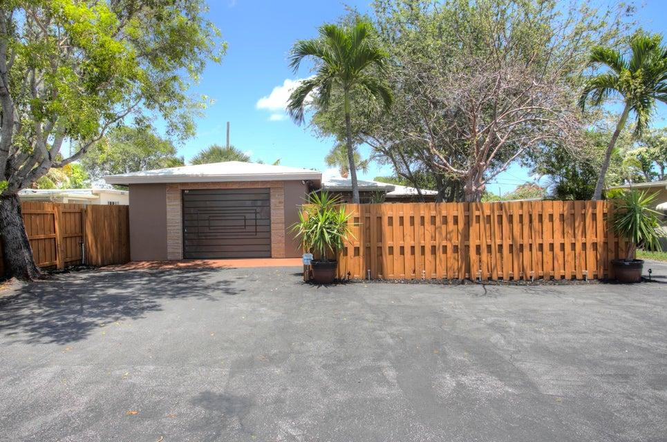 311 De Carie Street, Delray Beach, Florida 33444, ,Duplex,For Sale,De Carie,RX-10429443