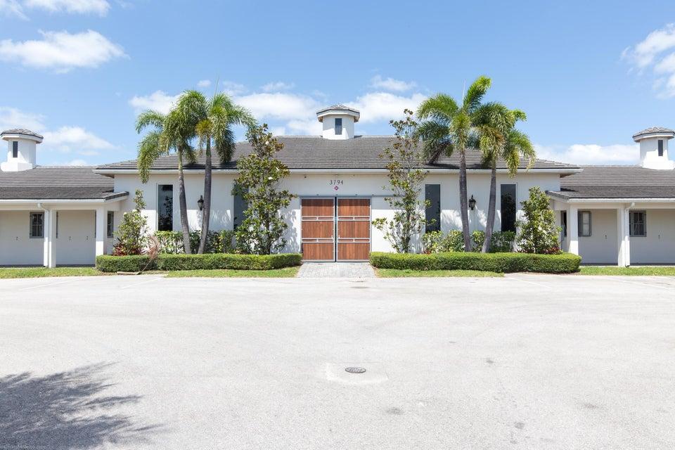 3794 Shutterfly Way, Wellington, Florida 33414, ,1.1 BathroomsBathrooms,Barn,For Rent,Shutterfly,1,RX-10430702