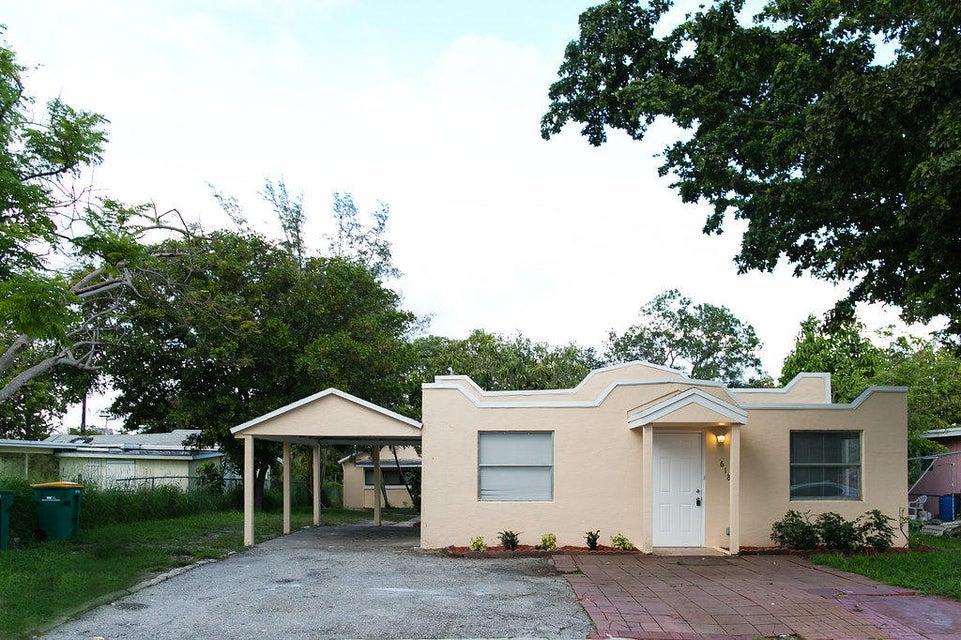 618 Pine Street, Lake Worth, Florida 33460, ,Duplex,For Sale,Pine,RX-10434026