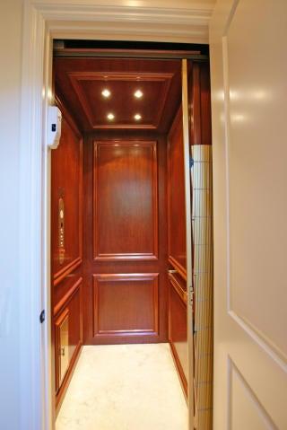 18894 elevator