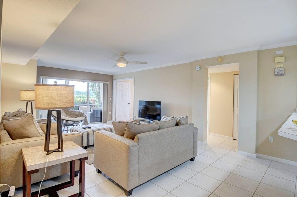 12528 Crystal Point Drive, Boynton Beach, Florida 33437, 3 Bedrooms Bedrooms, ,2 BathroomsBathrooms,Condo/Coop,For Rent,Crystal Point,1,RX-10434983