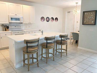 127-9_kitchen