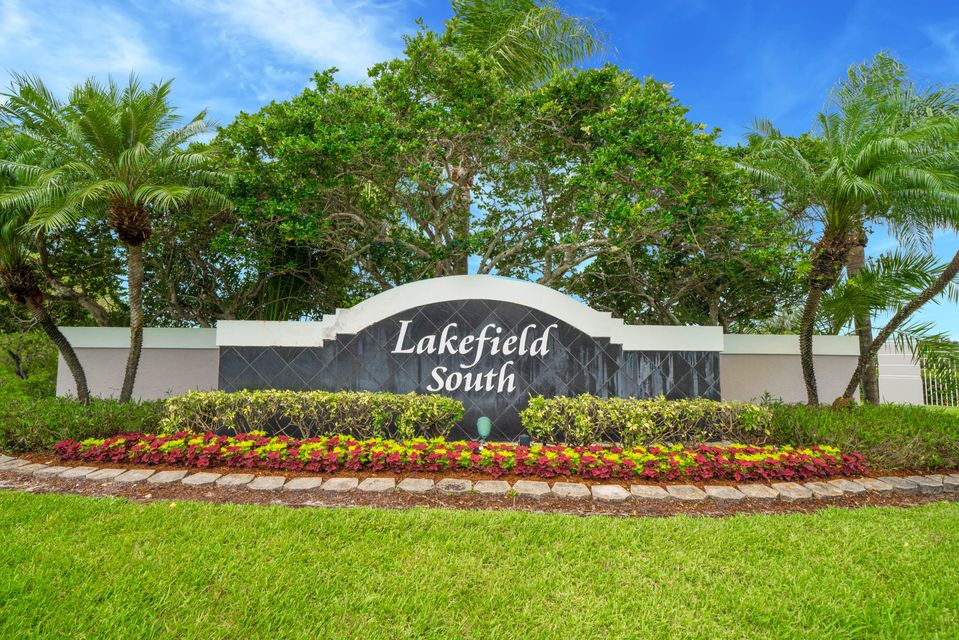 2422 Country Golf Drive, Wellington, Florida 33414, 3 Bedrooms Bedrooms, ,2 BathroomsBathrooms,Single Family,For Sale,Country Golf,RX-10436777