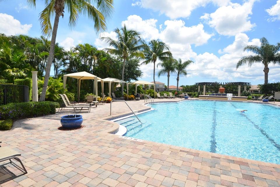 Pool View - Mirabella