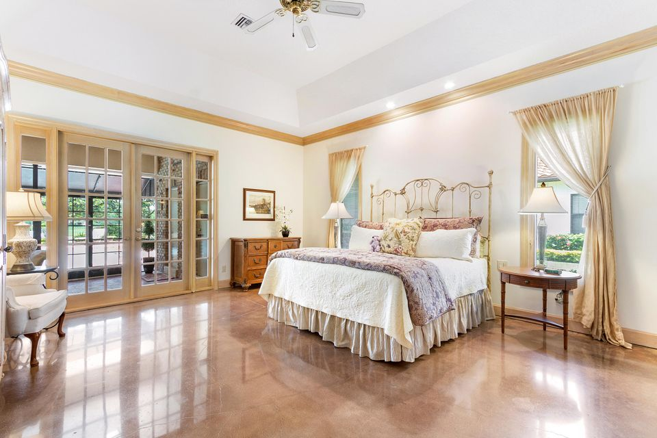 Master Bedroom opens to loggia