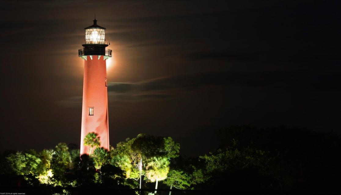 Jupiter Lighthouse at night