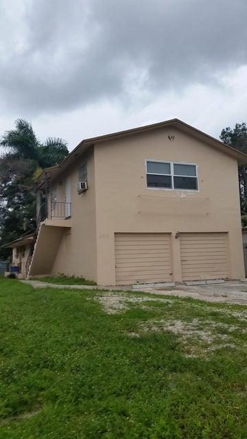 4713 Mee Court, Lake Worth, Florida 33461, 2 Bedrooms Bedrooms, ,1 BathroomBathrooms,Duplex/Triplex/Quadplex,For Rent,Mee,1,RX-10437760